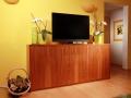 Möbel in Nussbaum
